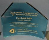Graham Wright Award sculpture